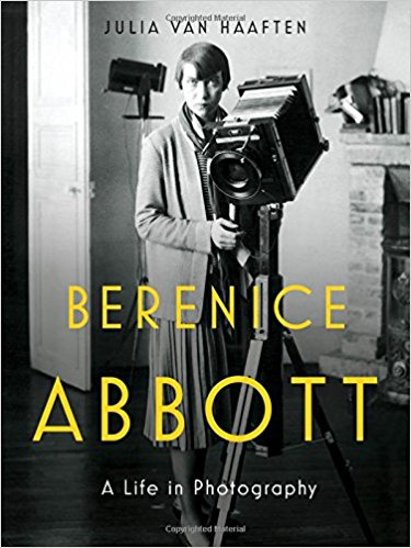 Berenice Abbott : a life in photography